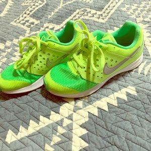 New neon kids bike shoes!